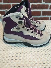 Womens LL Bean Purple Hiking Boots  Size 6,5 M VN# 05455