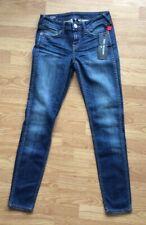 Woman's True Religion Halle Mid Rise Super Skinny Jeans Size Waist 25 / Leg 28