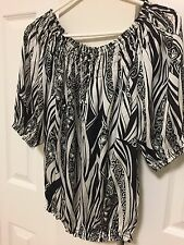 Women's Violet and Claire Off  Shoulder Blouse Black and White Printed Size M-L