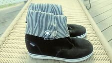 Etnies Winter Black Suede Ankle Fashion Boots Flat Womens Size 8