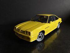Opel Manta GT/E Yellow 1/18 Revell HTF