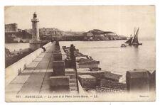 marseille , la jetée et le phare sainte-marie