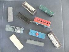 LOT DIVERS TRAINS ANCIENS  ECH. O LR LR Caisse wagon voiture, chassis, etc