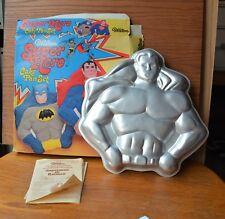 VTG 1977 WILTON Superman Batman Cake Pan Set  EUC  DC Comics
