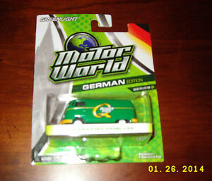 GREENLIGHT 1:64 MOTOR WORLD SERIES ISSUE #9 QUAKER STATE OIL GREEN VW PANEL VAN