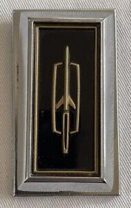 1971-75 Oldsmobile 88 NOS Trunk Lock Cover & Swivel EARLY DESIGN
