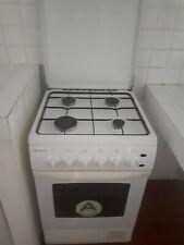 Cucina 4 fuochi gas forno elettrico Marca Regal usato