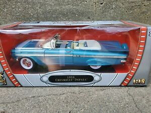 Road Signature 1959 Chevy Impala Convertible 1:18 Scale Diecast Model Car Blue