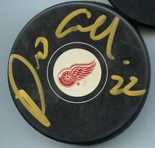 DINO CICCARELLI DETROIT RED WINGS SIGNED HOCKEY PUCK w/ COA
