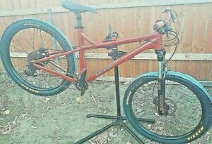 Raleigh Tokul 3, 27.5 Hardtail Mountain Bike Size Large Excellent Condition