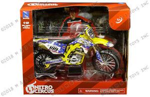 Suzuki RMZ 450 Nitro Circus Stunt Motorcycle 1:12 Scale Die-Cast Travis Pastrana