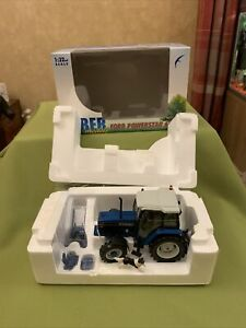 Imber Models IMB003 Ford Powerstar 6640 Tractor, 1:32, With Britains Farm dog