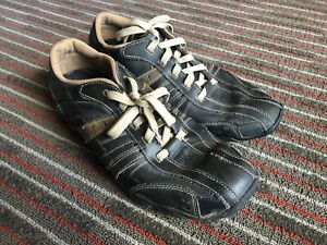 Skechers Casual Shoes, Men's Size 12 Black & Tan