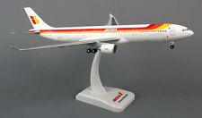 Iberia airbus a330-300 1:200 Hogan Wings modelo 5668 nuevo con tren de aterrizaje Costa Rica