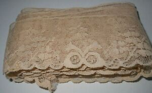 5.6 metres length antique French lace edging; 4.7 cm width. v good condition.