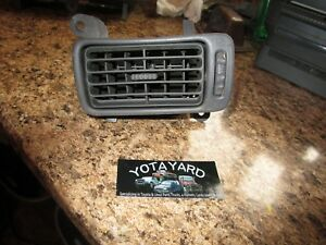 2000 TOYOTA CAMRY DRIVER LEFT SIDE A/C HEATER DASH AIR VENT GRAY 55650-33050 YY.