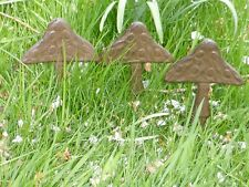 CAST IRON SET OF 3 GARDEN STAKES PICKS BROWN MUSHROOMS TOADSTOOLS LAWN OR POT