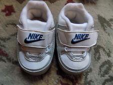 Nike Baby Infant White Blue Silver trim Tennis Sneakers Crib Shoes sz 2 So sweet