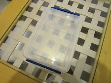+REALLY USEFUL BOX 1.6 LITRE CLEAR PLASTIC WITH LID USED EXCELLENT CONDITION+