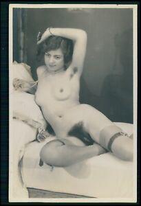 French full nude woman hairy armpit Grundworth original c1925 photo postcard