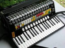 Negro acordeon hohner Atlantic 4 n de Luxe vox 4 p con 120 bässen