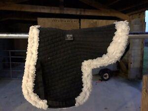 Shires Sheepskin Numnah Full Size