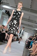 R'13 MAGNIFICENT Oscar De La Renta black/ivory floral lace embroidery dress
