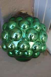 Ancienne grosse Boule de Noël XIXe en Verre églomisé mercurisé , verte, raisin