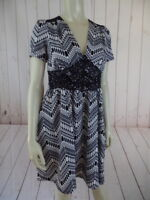Monteau Anthropologie Dress M New Black White Abstract Poly Spandex Stretch Knit