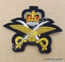 Badge Crown, Eagle & Crossed Swords Gold on Black R660