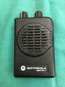 Motorola Minitor V 5 Low Band Pager 45-48.9Mhz 2 Ch. Non Stored Voice Tested100%