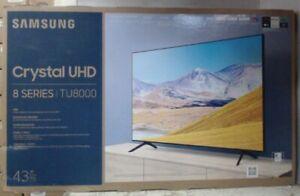 "NEW OPEN BOX Samsung 43"" TU8000 Crystal UHD 4K Smart TV with Alexa Built-in $592"