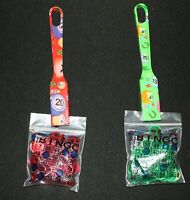 BINGO Designer 2 Pack Magnetic Wands and 100 Chips each color Green Red
