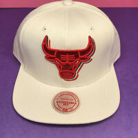 Mitchell & Ness Chicago Bulls Cap White Three Color Bull Red Green Snapback Hat