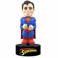 DC Comics - Superman - Solar Body Knocker Wackelfigur - 15 cm