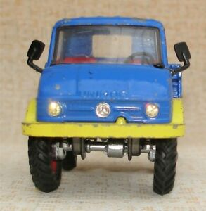 Corgi Toys - Mercedes Unimog 406 mit Glitzerscheinwerfer