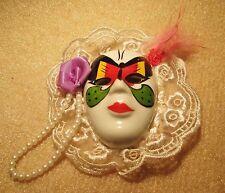 Deko-Masken aus Porzellan