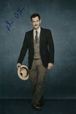 DENIS O'HARE signed Autogramm 20x30cm AMERICAN HORROR STORY In Person autograph