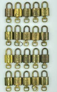 Auth Louis Vuitton Padlock & Key Set Gold 20pcs TL6244