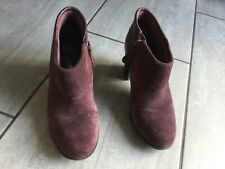 Clarks Cushion Soft Ladies Plum Suede Shoe / Boots Size 4 1/2 D.Great Condition.