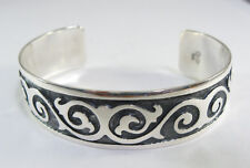 925 sterling silver cuff bracelet with  pau design by Maria Belen