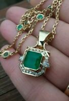 Pendant 3.50 Ct Emerald cut Colombian Diamond Green Gemstone Gold Jewellery Lady