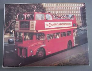 VINTAGE LONDON ROUTEMASTER BUS JIGSAW PUZZLE (COMPLETE)