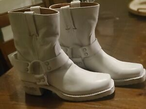 $348 Frye Womens Harness 8R Pull On Leather Boots, White, US 6