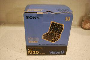 Sony GV-M20 Hi8 Video Walkman 2 inch screen