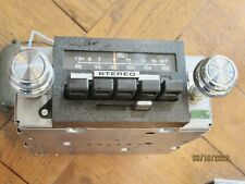73-80 FORD TRUCK  BRONCO 4 SPEAKER  AM FM Stereo OEM RADIO  W KNOBS  NICE!! 351