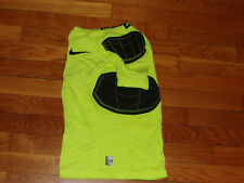 NIKE PRO COMBAT DRI-FIT SHORT SLEEVE PADDED COMPRESSION JERSEY BOYS MEDIUM EXC.