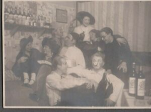 VINTAGE PHOTOGRAPH 1930'S GIRLS COSTUMES CLOWNS BEER/LIQUOR/WINE GERMANY PHOTO