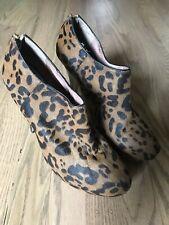 VINCE CAMUTO Leopard Calfhair/Leather JERRELL Booties Black Tan Fur Heels 9.5
