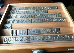 Druckschriftsatz für Deckel Graviermaschine, doppelte Linie, Messing